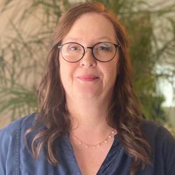 Photo of Carla Marshall