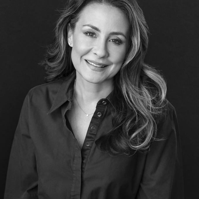 Photo of Julie Scelzo
